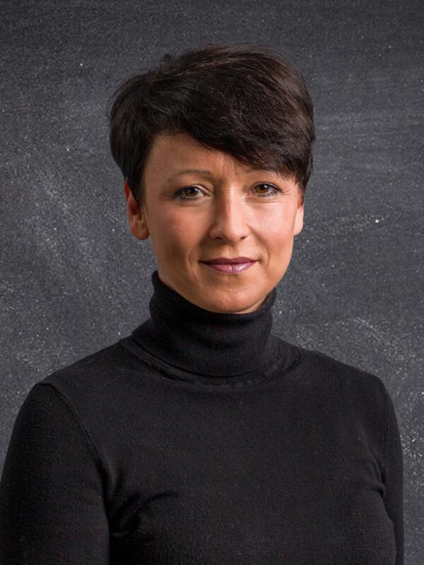 Ihre Ansprechpartnerin Nadine Hofmann